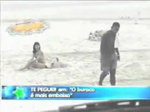 Cute Girl On Beach & Hole Funny Prank
